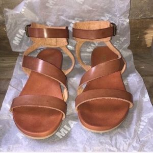 Cognac Mia Sandals with ankle strap